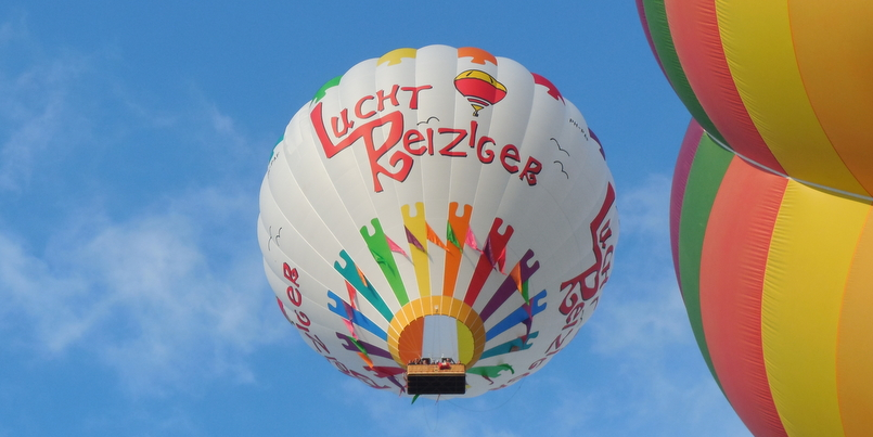 Ballonvaren_in_Zuid-Holland_2x1