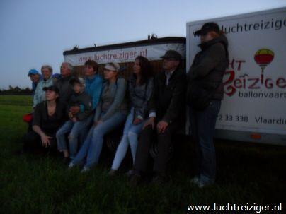 Gelukkig goed geland na een heldhaftige ballonvaart van Rotterdam naar Haastrecht. Het zicht was geweldig.