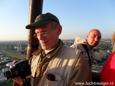 Ballonvaart van Rotterdam naar de Vlist. Het uitzicht over de havens, de kustlijn van Hoek van Holland en Capelle aan de Ijssel en Krimpen aan IJssel is verbluffend.