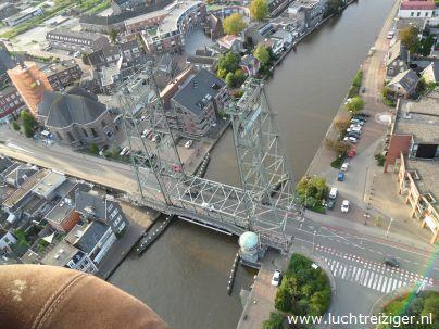 Brug van Waddinxveen vanuit luchtballon