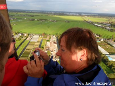 Foto's maken van Gouda en Reeuwijkse plassen vanuit luchtballon