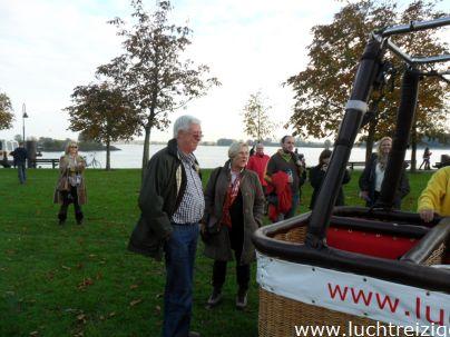Opstijgen met de luchtballon in Buiten-de-waterpoort te Gorinchem