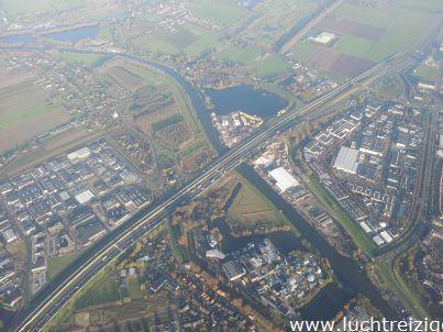 Deze foto werd gemaakt door freelance piloot Peter Kelder. Het is een bovenaanzicht van Gorinchem. Leuk!