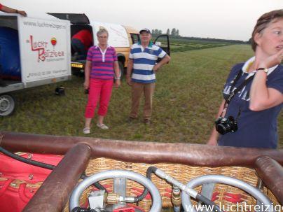 Ballonvaart over de Hoeksche Waard, Van Dordrecht, over gravendeel, Klaas1 Strijen en Zuid-Beijerland. De Hoekse Waard in zijn volle glorie aanschouwen vanuit de luchtballon.