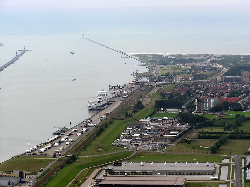 Hoek van Holland vanuit een luchtballon