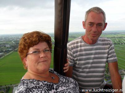 Uitzicht vanuit ballon. Terugkijken naar Gouda.