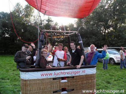 Met de luchtballon startklaar in Gouwebos, Waddinxveen