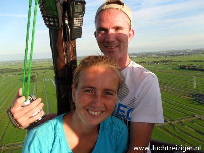Uitzicht naar Rotterdam met achter ons het Groene Hart vanuit de luchtballon