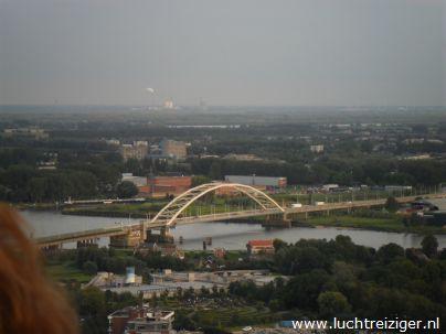 Brug Dordrecht vanuit luchtballon