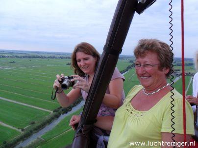 Ballonvaart boven de Lek, Zuid-Holland
