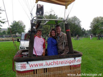 Startklaar met luchtballon in Vondelpark Papendrecht