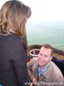 ten huwelijk vragen in een luchtballon bij de luchtreiziger ballonvaarten