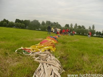 Prachtige ballonvaart van Oudewater, luchtballon-festivalterrein,naar Noorden. Het zicht was goed, mooie afwisseling van stad en land. De passagiers hebben enorm genoten. Toch leuk dat ballonvaren in Zuid-Holland.
